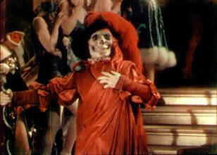 """Photo: O uso do processo Technicolor de duas cores na cena do baile em """"O Fantasma da Ópera"""". http://filmesclassicos.podbean.com"""