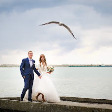 Wedding photographer Roman Mikhaylov (Fotoromans). Photo of 27.11.2014