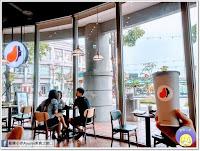 Louisa Coffee 路易.莎咖啡(高雄草衙道門市)