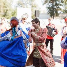Wedding photographer Vitaliy Davydov (hotredbananas). Photo of 09.10.2017