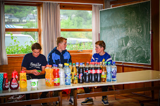 Photo: 9 klasse på Fjaler ungdomskole stod for kiosk salg