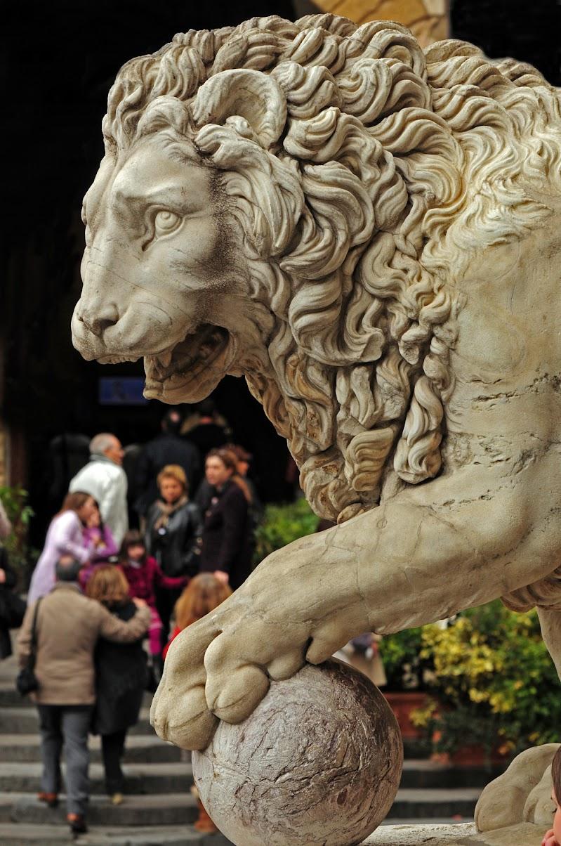 Sotto il segno del leone di Croatti Carlo