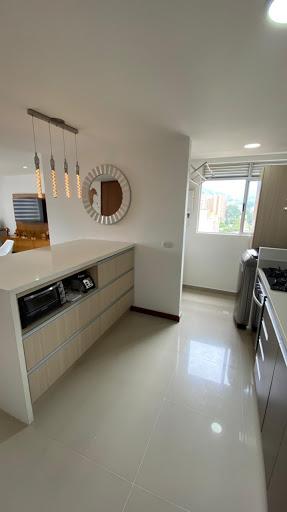 Venta Apartamento - Loma De Los Bernal, Medellin