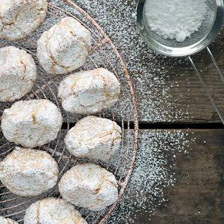 Nonna Geatana's Pinci Pinci Almond Biscotti.