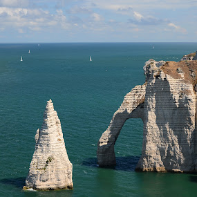 Etreta, Normandie, caves on coast by Eugen Opritescu - Landscapes Caves & Formations ( coast, ocean, caves, france, boats, summer )