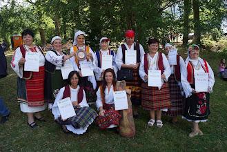 Photo: Гостите на фестивала бяха удостоени с грамоти за учтие и плакет.