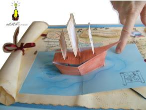 Photo: Autre vue du bateau à voile pop-up