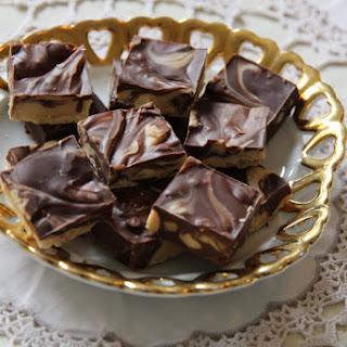 5 Minute Chocolate & Peanut Butter Fudge.