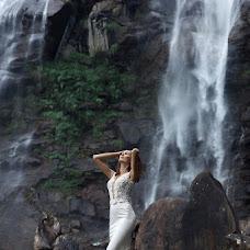 Wedding photographer Zhenya Luzan (tropicpic). Photo of 20.04.2017