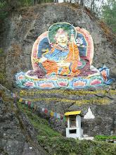 Photo: Wandmalerei auf dem Weg zur buddhistiscehn Universität