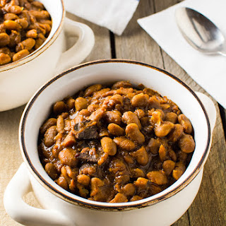 Slow Cooker New England Baked Beans Recipe
