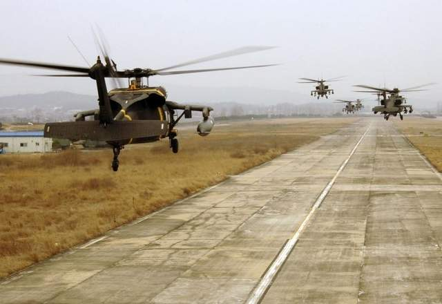 Next Helos: The US Army's Future Vertical Lift program would replace its Black Hawk and Apache helicopters.