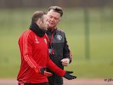 Er is een kleine revolte in de spelersgroep van Manchester United ontstaan... tegen Van Gaal