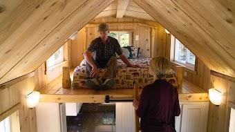 Tiny Portland Home on Wheels