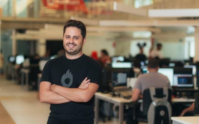 João Pedro Resende é o CEO e cofundador da startup mineira Hotmart, avaliada em mais de US$ 1 bilhão
