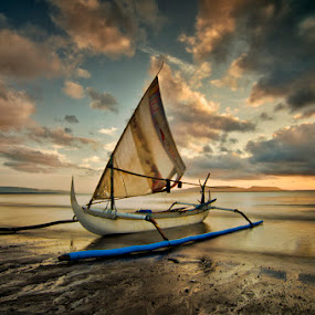 silent by Dhiean Kukuh - Transportation Boats ( boat beach )