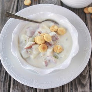 Thee BEST Clam Chowder.