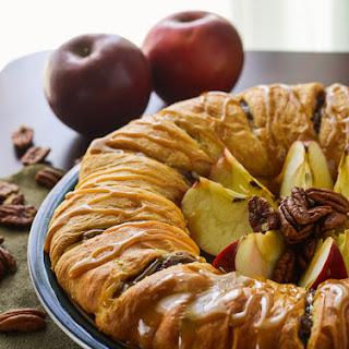 Apple Pecan Pie Breakfast Ring