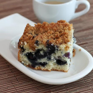 Easy Fresh Blueberry Crumb Cake