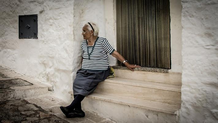 L'anziana curiosa!  di Gaetano1223