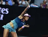 Naomi Osaka plaatst zich makkelijk voor halve finale US Open