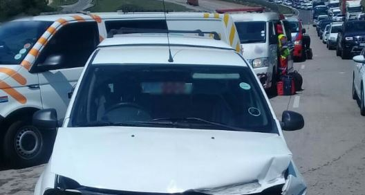 Vyf dood in 'n 'gruwelike' KZN-ongeluk - TimesLIVE