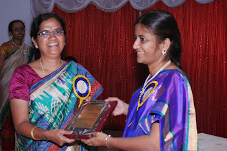 Photo: Dr. P. Uma Devi honoring Chief Guest Dr. NAGALAKSHMI, Jt. Managing Director, IMIS Pharmaceuticals, Vijayawada