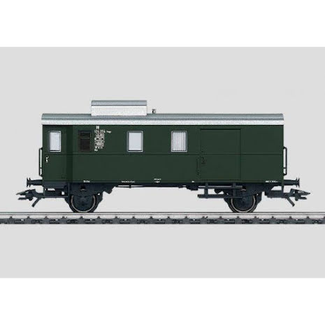 46980 Freight Train Baggage Car