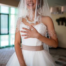 Wedding photographer Aleksandr Saparov (AlexSap). Photo of 07.12.2014
