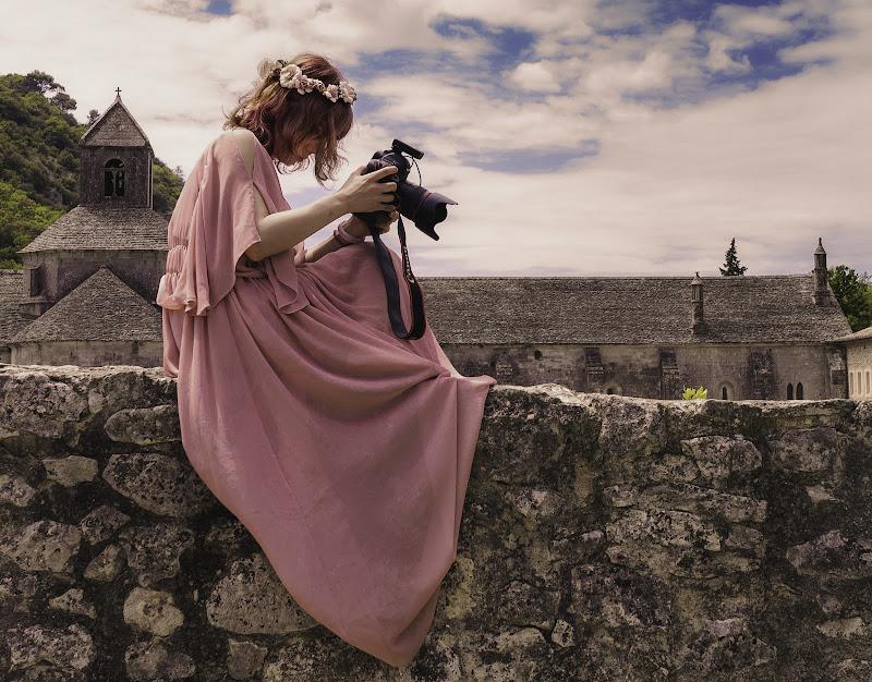 Una ninfa fotografa di Fiore Doncovio