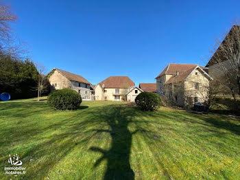 maison à Pont-les-Moulins (25)