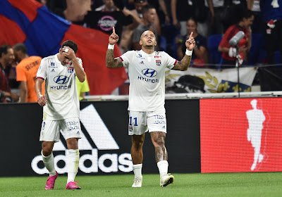 """🎥 Memphis Depay ridiculise un défenseur lors du """"show"""" lyonnais contre Angers"""
