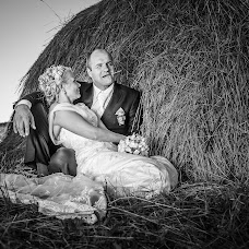 Wedding photographer Valters Pelns (valtersp). Photo of 20.11.2017