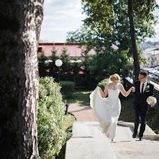Wedding photographer Vadim Zakharischev (yourmoments). Photo of 18.02.2016