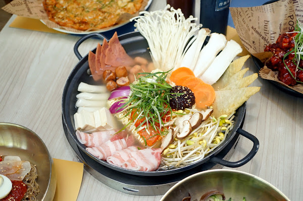 MASIDA 瑪嘻大韓食堂|高雄韓式料理|韓國老闆當廚|最道地韓國味這邊吃|正宗口味部隊鍋|心目中海鮮煎餅第一名