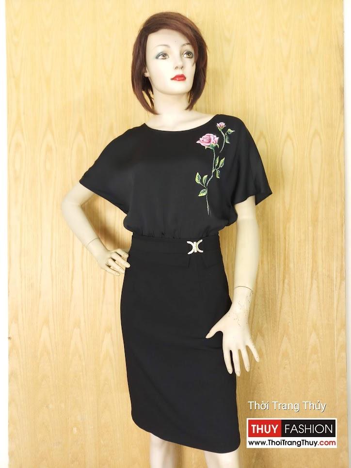 Váy vẽ tay thủ công họa tiết hoa hồng V624 tại Thời Trang Thủy