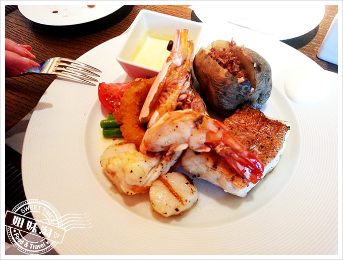 台南晶英酒店ROBIN'S GRILL. TEPPAN牛排屋時令海鮮盤