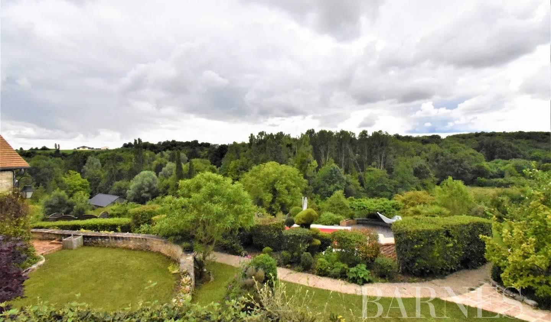 House with terrace Dammartin-en-Serve