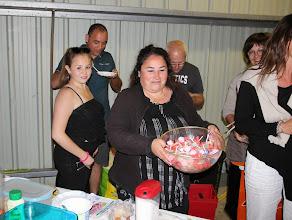 Photo: Après avoir kidnappé le bol de bonbons. La ravisseuse le rend allégé.