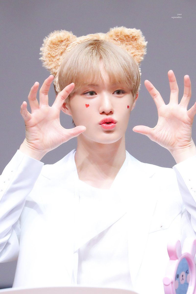 maknaeeldests_hyunsuk