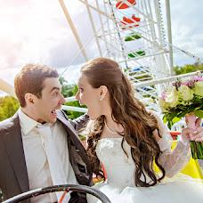 Wedding photographer Oksana Zazelenskaya (Deisy). Photo of 10.03.2014
