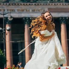 Wedding photographer Dmitriy Romanenko (Kickjump). Photo of 12.11.2016
