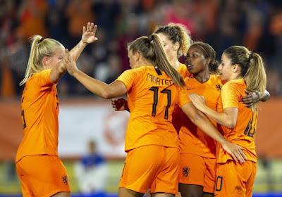 Pendant ce temps-là, les Néerlandaises font un pas vers le Mondial