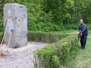 Photo: Raimo Virolainen sankaripatsaalla
