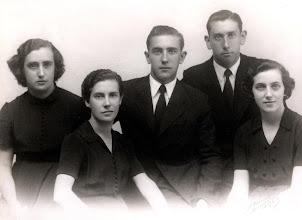 Photo: Azpiroz familia