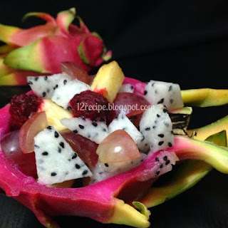Dragon Fruit Smoothie and Salad
