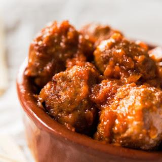 Sizzlin' Sriracha Meatballs