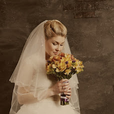 Wedding photographer Anna Milovanova (kiwi). Photo of 05.03.2013