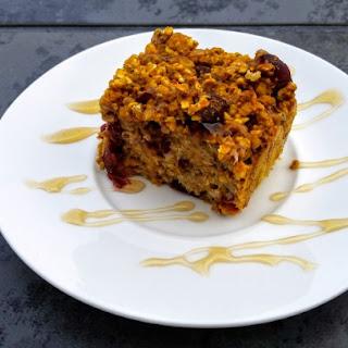 Baked Cranberry Pumpkin Pie Oatmeal (vegan)