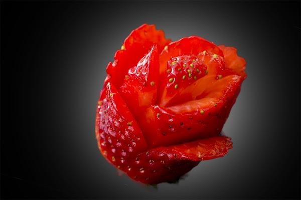 Rosa o Fragola? di Fabio De Vita